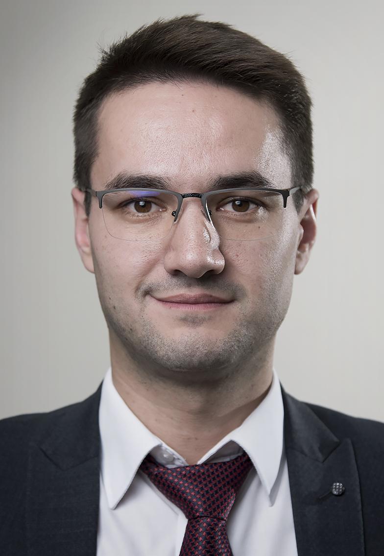 Михаил Алешин
