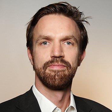 Dr. Andre Biener