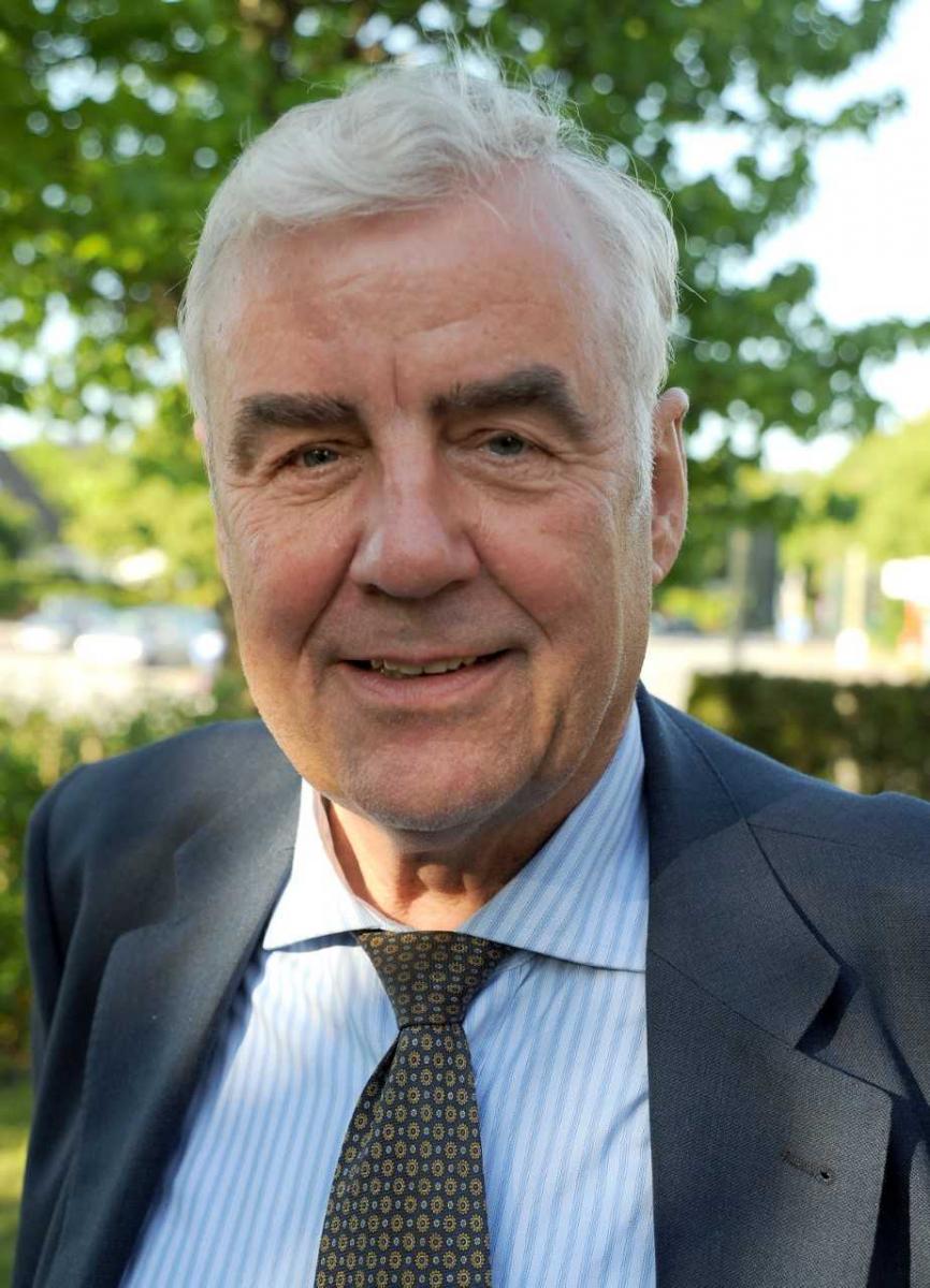 Prof. Hanno Schaumburg